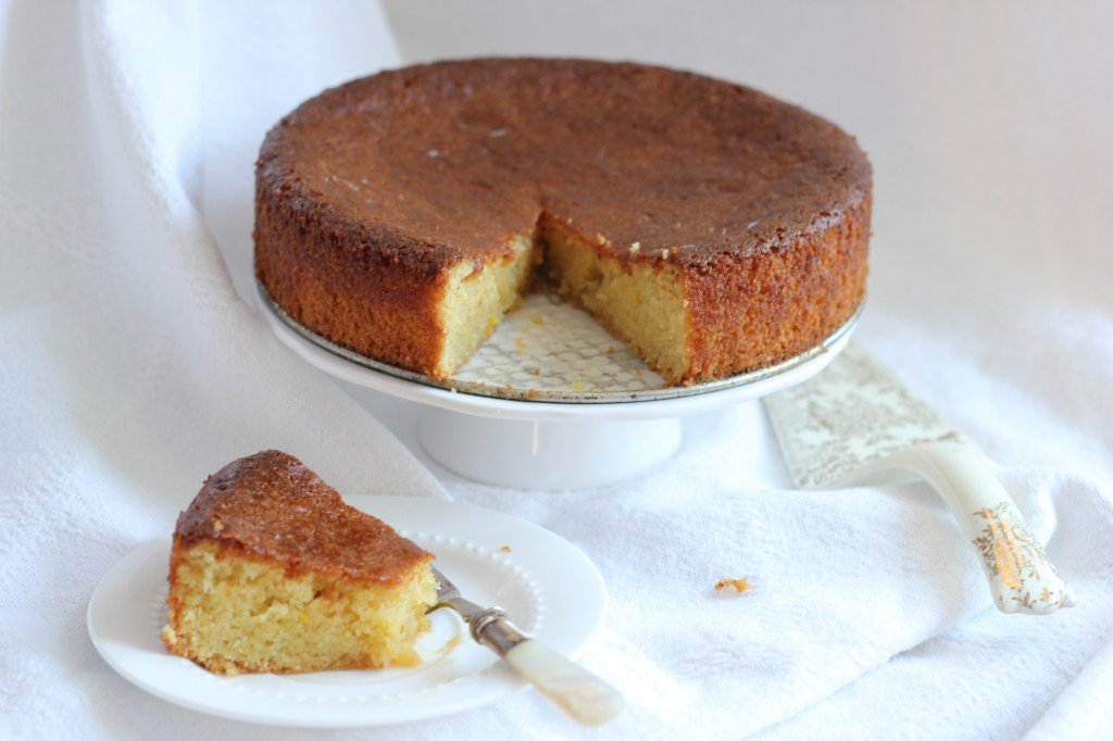 Luscious Lemon Almond Flour Cake